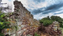 Die Schutzmauer der antiken Akropolis Paliokastro. (c) Tobias Schorr 2015