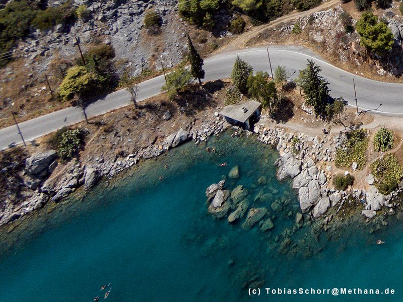 Aerial photo of the Sfagia bathing area. (c) Tobias Schorr