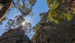 Gigantische Felsen des eingestürzten Lavadoms. (c) Tobias Schorr