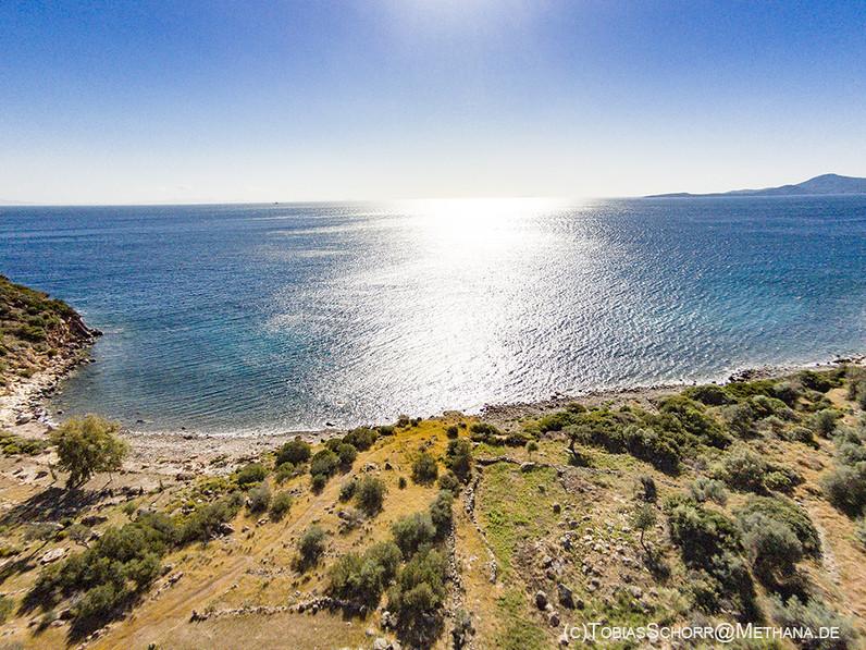 An beautiful aerial view of the Thiafi beach. (c) Tobias Schorr