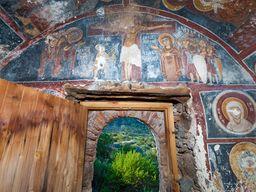 Die Wandfresken der byzantinischen Kapelle Agios Dimitrios. (c) Tobias Schorr, November 2015