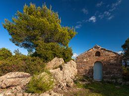 Die etwas jüngere, byzantinische Kapelle Agios Joannis. (c) Tobias Schorr