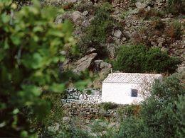 Die Kapelle Agia Marina bei Megalopotami. (c) Tobias Schorr
