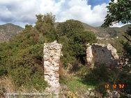 Römisches Ziegelgebäude bei der Akropolis (c) Tobias Schorr