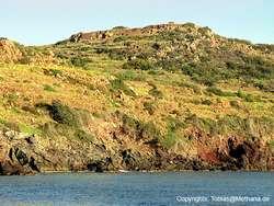 View towards the acropolis Oga from sea. (c) Tobias Schorr
