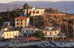 Die Tavernen am Hafen Vathy