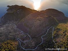 Luftbild des historischen Vulkans auf Methana (c) Tobias Schorr