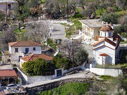 Die Kirche Agios Charalambos in Methana/Vromolimni. (c) Tobias Schorr 2018