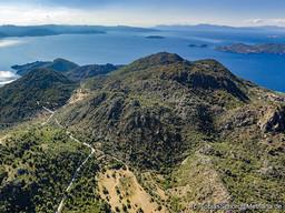 Blick nach Norden auf den Choni-Vulkan auf Methana. (c) Tobias Schorr