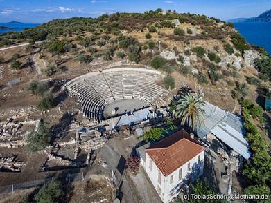 Das kleine, antike Theater von Palia Epidavro. (c) Tobias Schorr