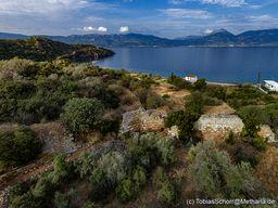 Die Akropolis Paliokastro an der Südküste von Vathy auf Methana. (c) Tobias Schorr