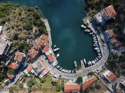 Aerial view of the fishing port of Vathy. (c) Tobias Schorr
