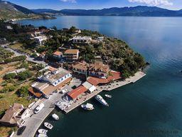 Aerial view of taverns in Vathy harbor. (c) Tobias Schorr