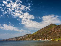 The western coast of Methana at Vathy. (c) Tobias Schorr, September 2015.