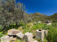 Ruine einer frühchristlichen Kapelle aus den Steinen der antiken Festung Paliokastro (c) Tobias Schorr