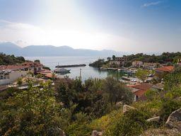 The fishing port of Vathy. (c) Tobias Schorr 1996