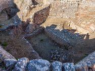 In diesen Gräbern fand der deutsche Archäologe Heinrich Schliemann einen unbeschreiblichen Schatz