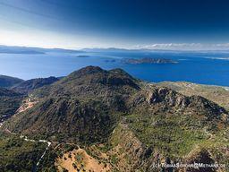 Εναέρια φωτγραφία του ηφαιστείου Ρέθι. Ιούνιος 2016. (c) Tobias Schorr