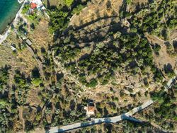 Aerial photo of the acropolis Paliokastro at Vathy (c) Tobias Schorr