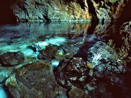 The crystal clear water of the cave´s lake. (c) Tobias Schorr 1996