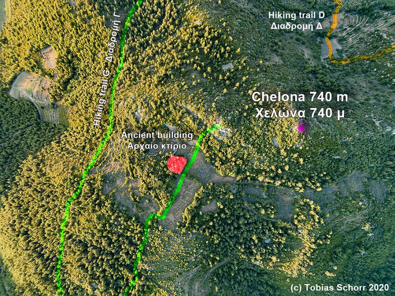 Luftbild mit den Wanderwegen und der genauen Lage der antiken Reste. (c) Tobias Schorr 2016