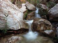 Wasserfall in der Teufelsschlucht bei Troizen
