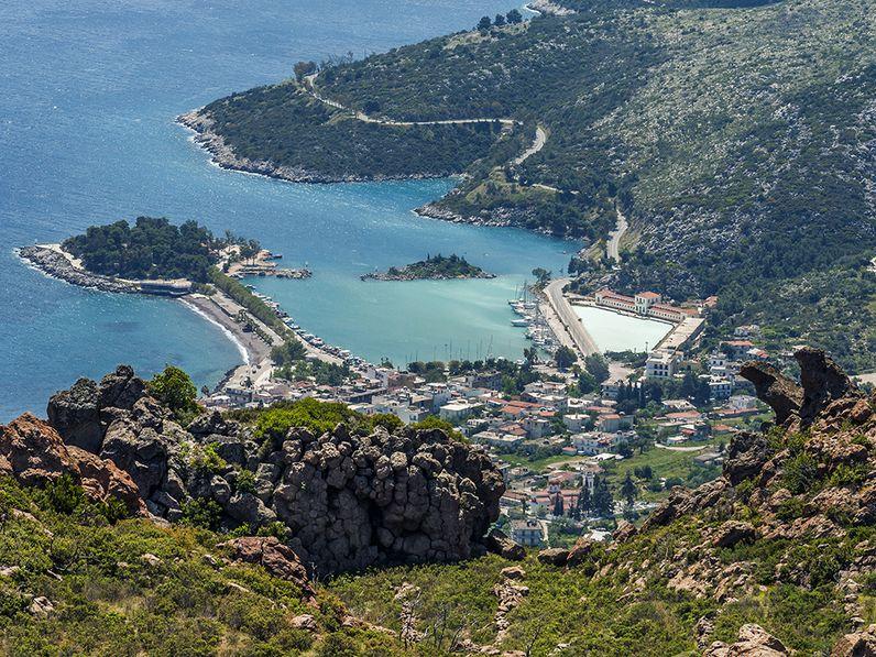 View onto Methana town. (c) Tobias Schorr