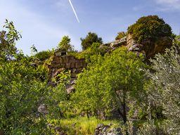 Die Mauern der antiken Akropolis bei Vathy